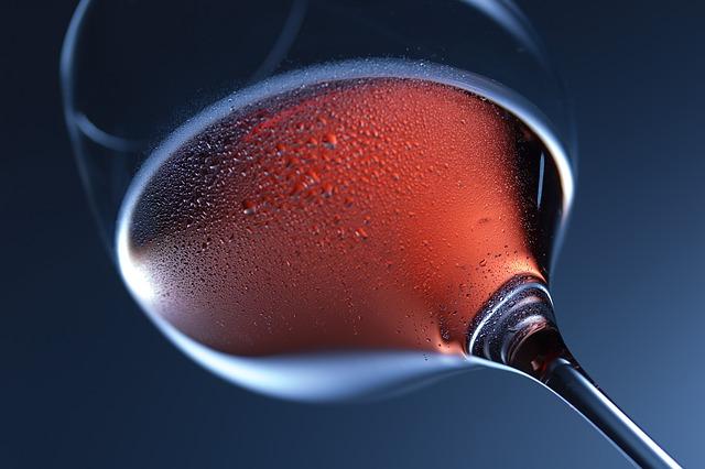 Rotweinprobe seltener und vom Aussterben bedrohter Rebsorten